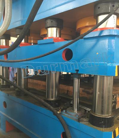 آلة الضغط الهيدروليكي لآلة نقش جلد الباب الصلب