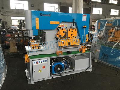 DIW-120T الصين العالمي الهيدروليكية آلة قطع الصفائح المعدنية الانحناء الهيدروليكية