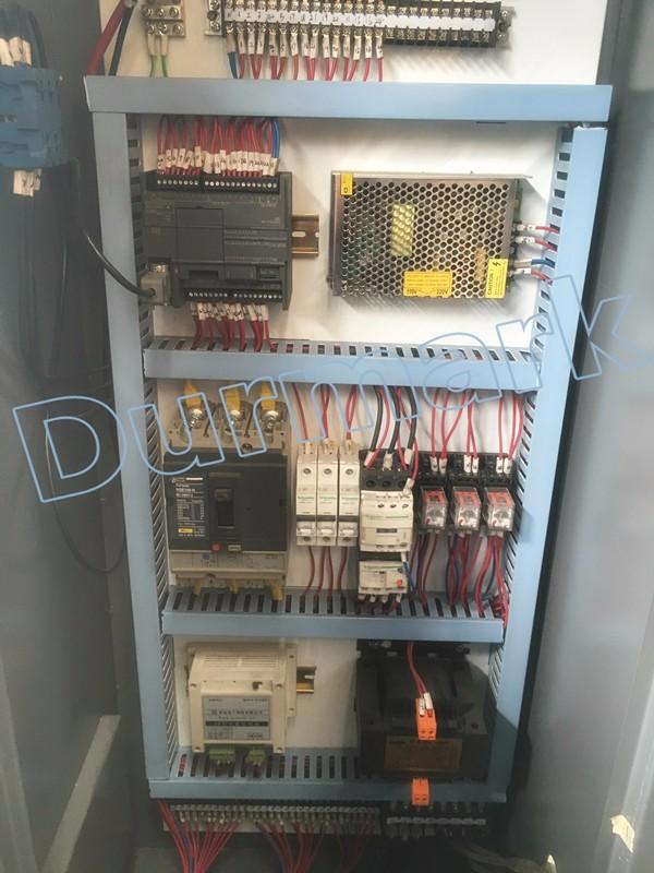 YTK32-400Ton أربعة عمود الهيدروليكية الصحافة آلة الرسم العميق الهيدروليكية الصحافة