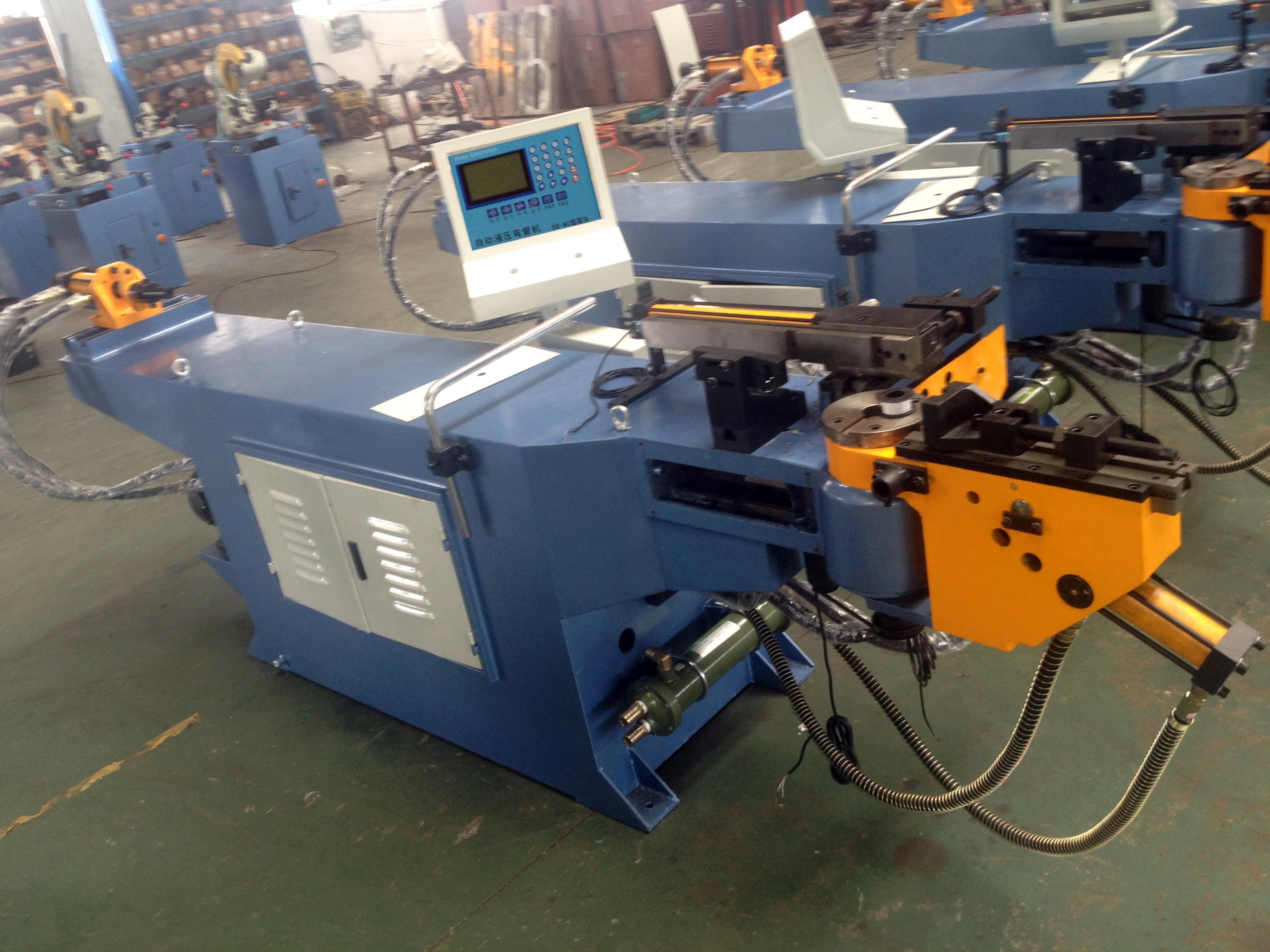 آلة ثني الأنبوب CNC آلة ثني الأنبوب الصلب