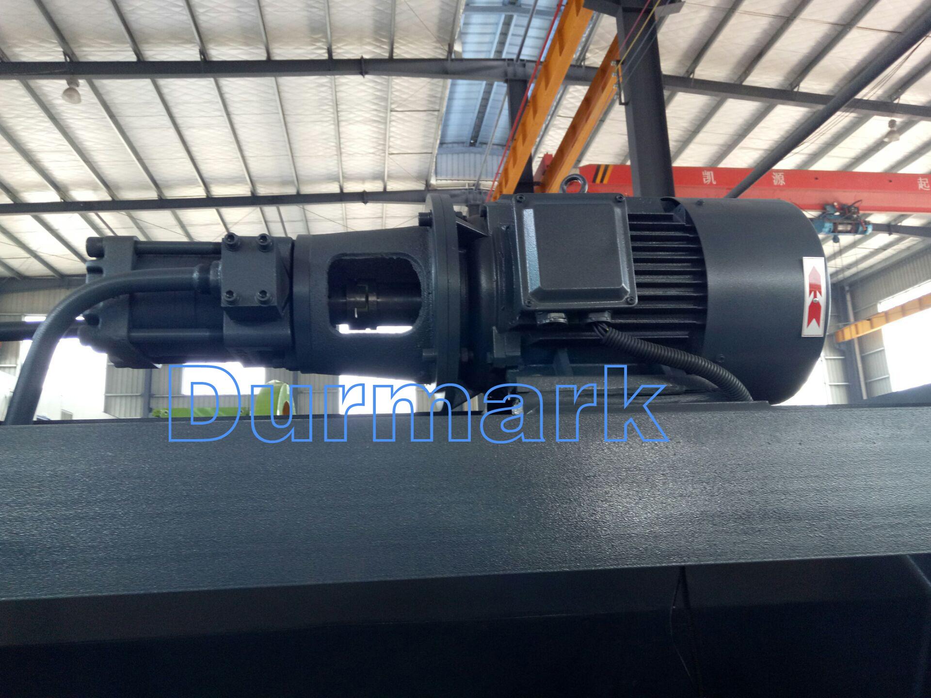 آلة قص الألواح الفولاذية QC12K-6 * 2500